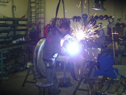 Schweißarbeiten in der HASPE Werkstatt